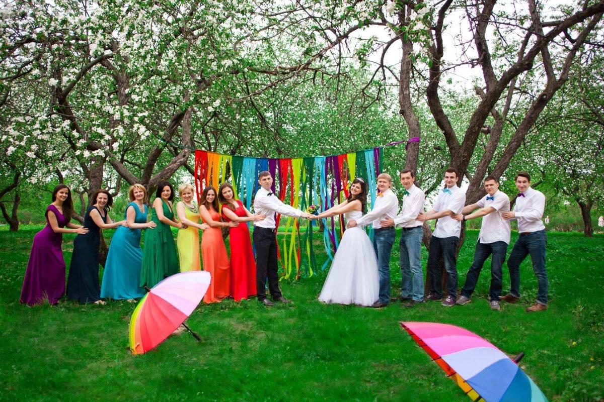 разноцветная свадьба фото