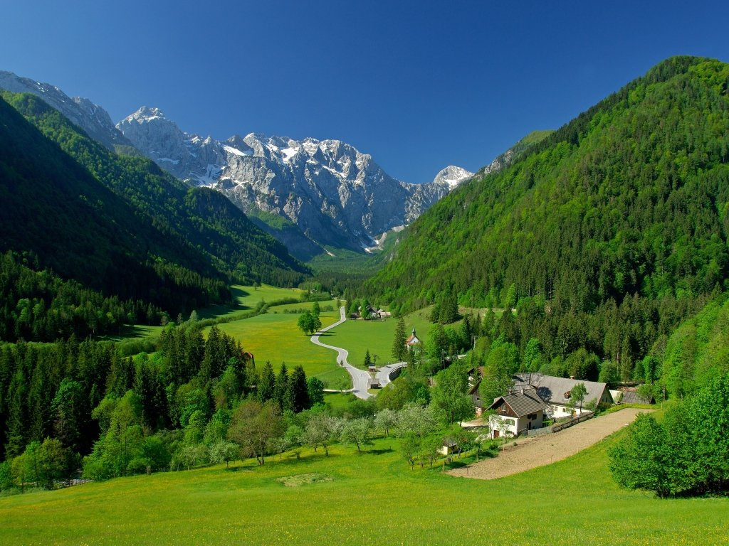 Download Hd Green Field Spring Alpine Valley Landscape Mountains