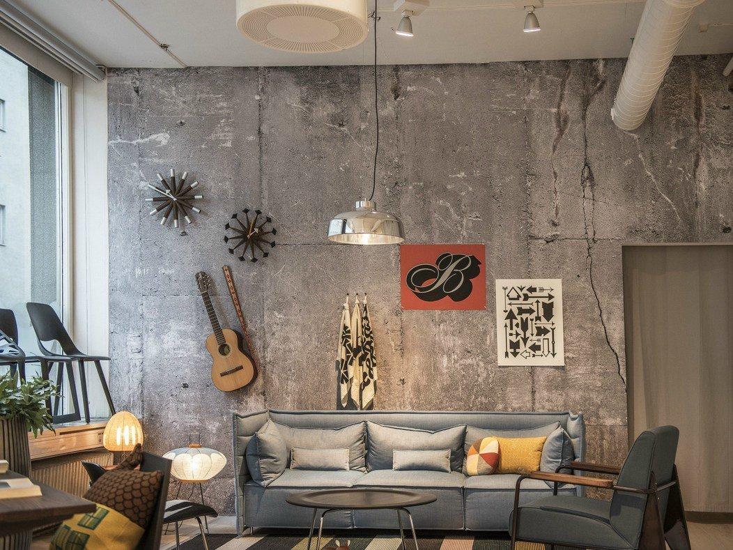 стена под бетон в интерьере своими руками