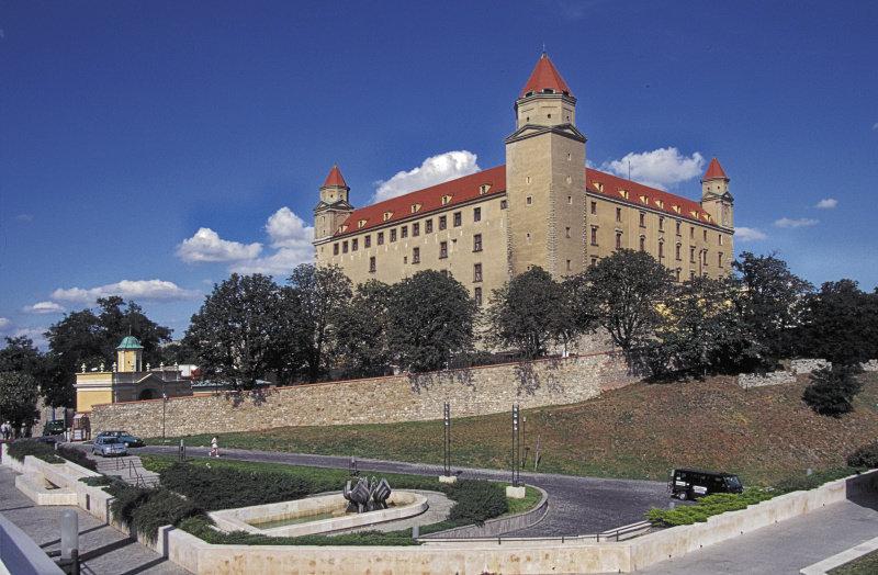 Братиславский Королевский замок