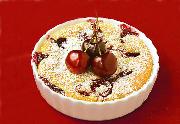 Французский десерт клафути