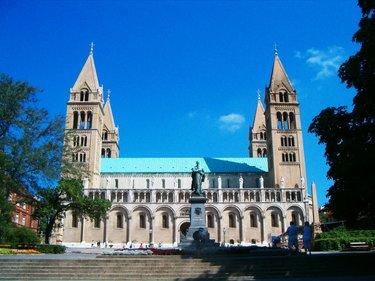 венгрия собор святых петра и павла (печ)