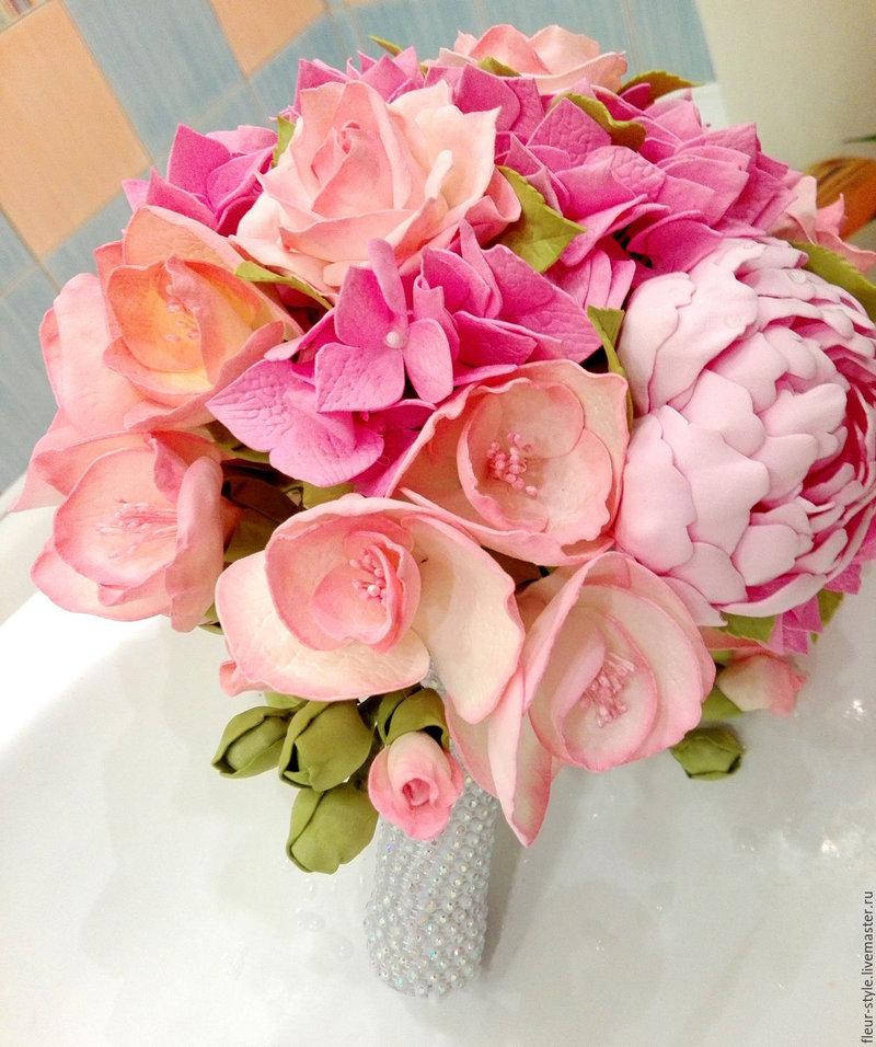Оригинальный розовый букет