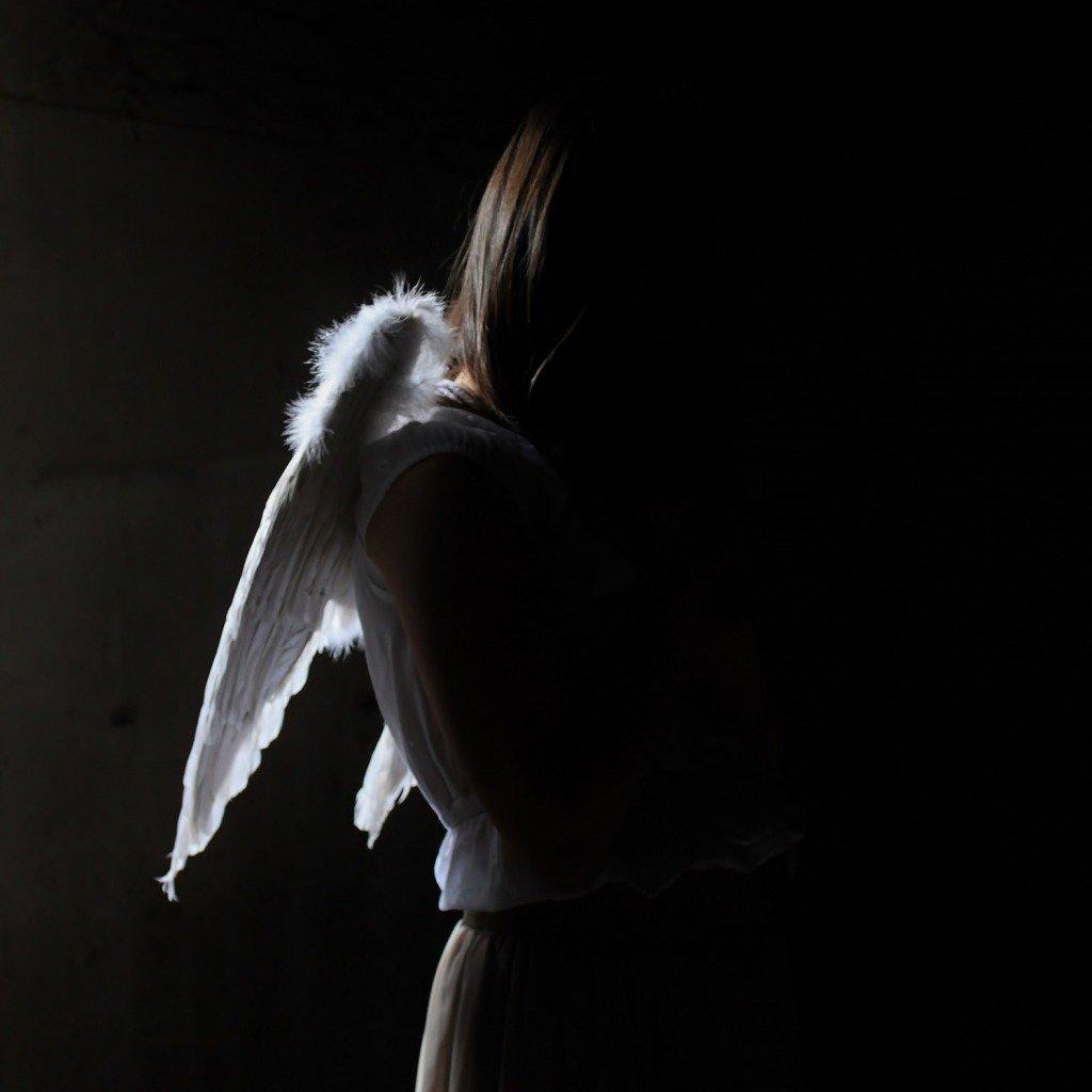 фото ангела с крыльями со спины систематичный обильный