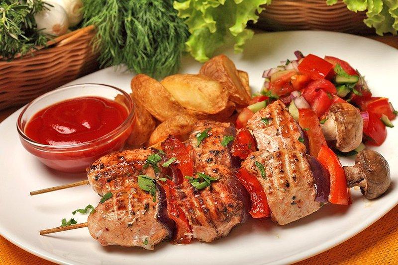 Картинки по запросу ароматное мясо шашлык'