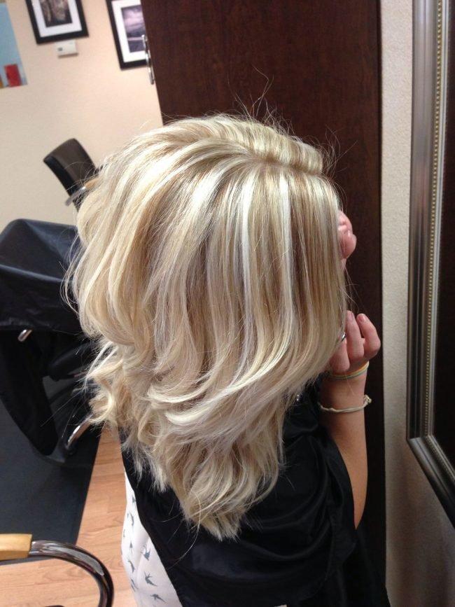 Частое мелирование на светлые волосы