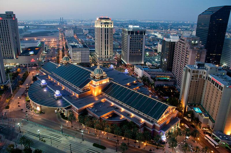 Новый Орлеан - крупный портовый город в США, самый густонаселённый город штата Луизиана