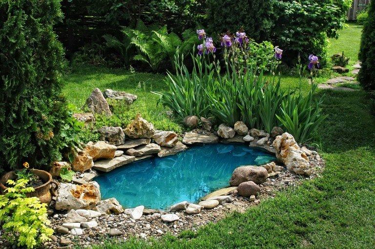 Красивый ландшафтный дизайн наполнит ваш сад гармонией и спокойствием Источник: http://happymodern.ru/landshaftnyj-dizajn-dachnogo-uchastka-70-foto-sozdaem-zelenyj-raj/