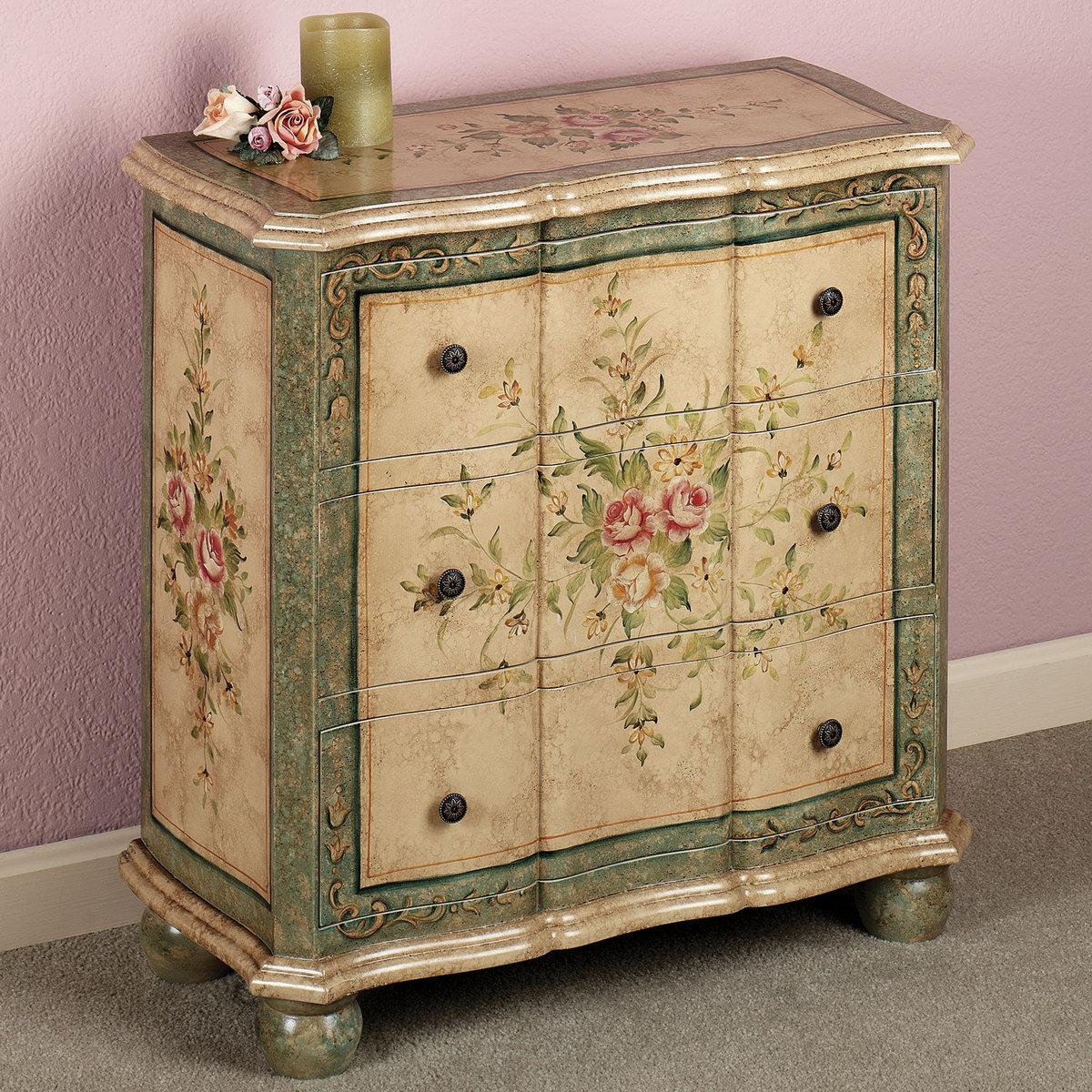 Рисунки на деревянной мебели фото