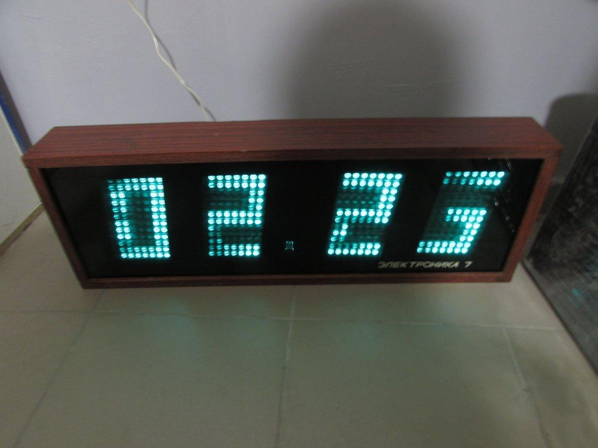 Электронные часы картинки