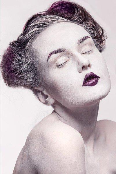 Необычный макияж....удиви всех)