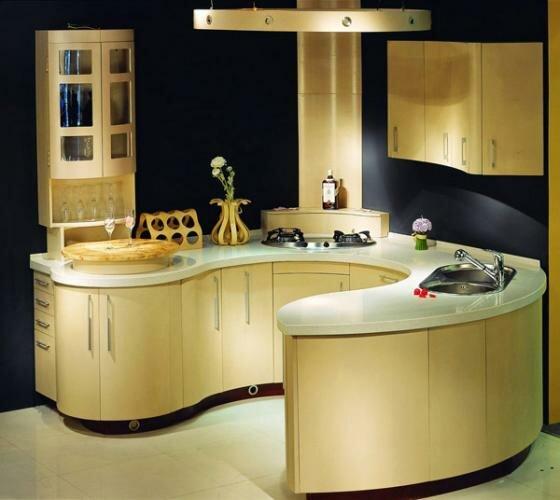 Радиусная кухня включает  в себя плавный переход кухонного гарнитура в остров.