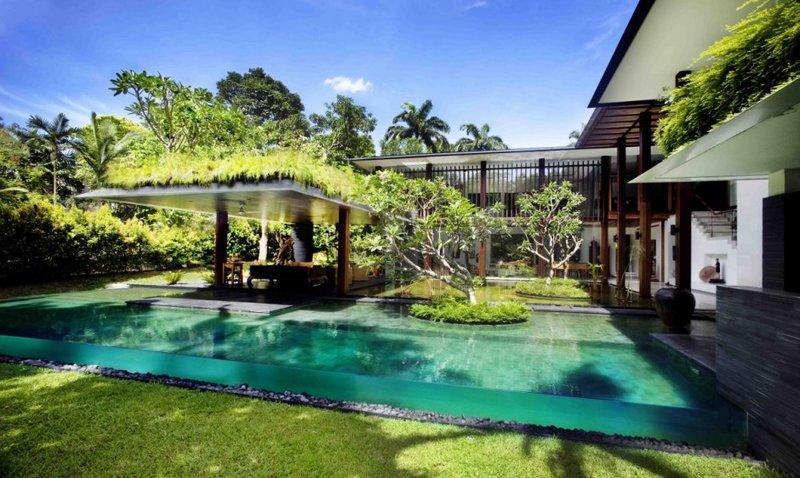 Прозрачный бассейн у вас во дворе
