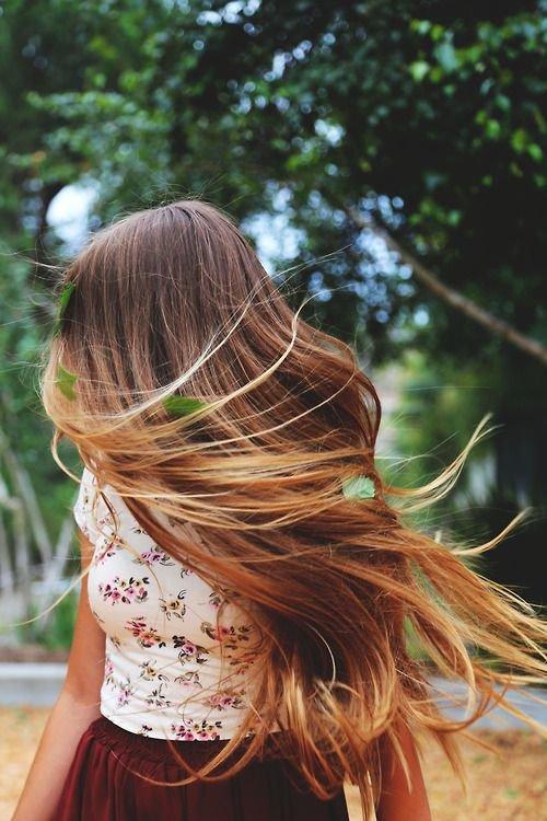 Картинки девушка с русыми волосами со спины