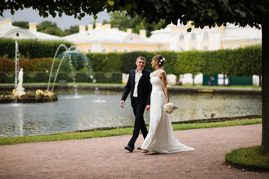 известна, как свадебная фотосессия в пригороде спб видится дочкой принимает