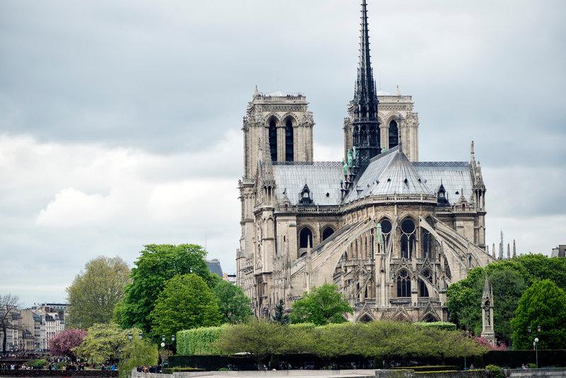 Что посмотреть в Париже: музеи, архитектура, парки, площади, места для отдыха с детьми.