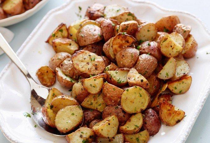 Запеченная картошка со специями.