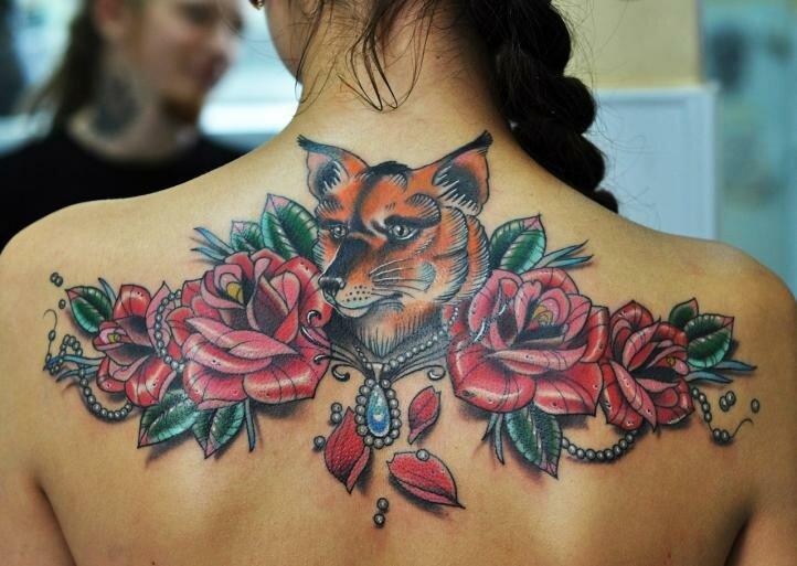 Лиса и розы