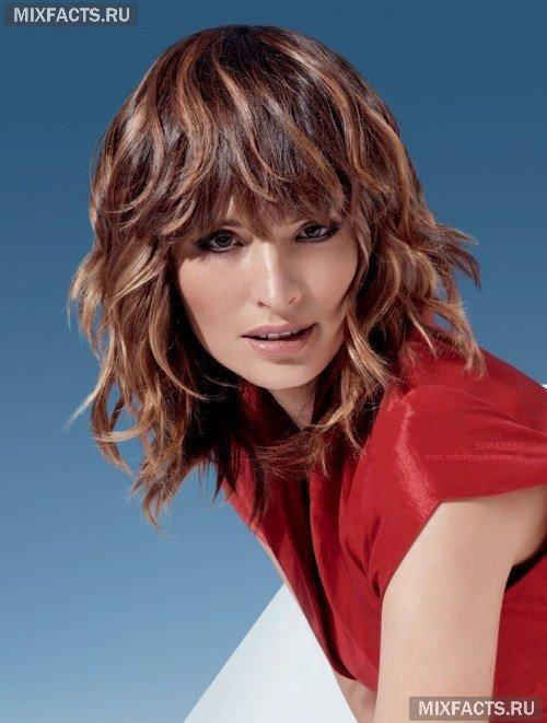 Окрашивание волос шатуш пользуется сейчас большой популярностью Эта техника очень оригинальна и создает эффект выгоревших на солнце волос. Рассмотрим технологию окрашивания шатуш подробно.
