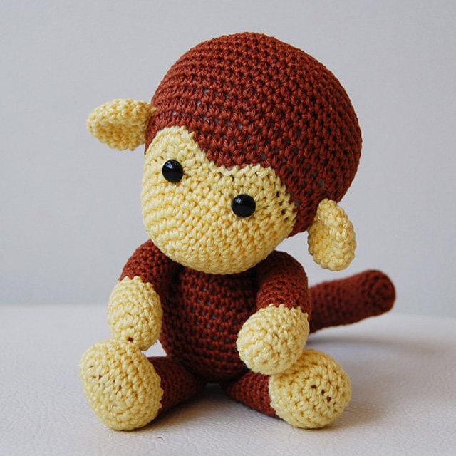 Как связать крючком обезьянку амигуруми, схемы, описание / игрушки.