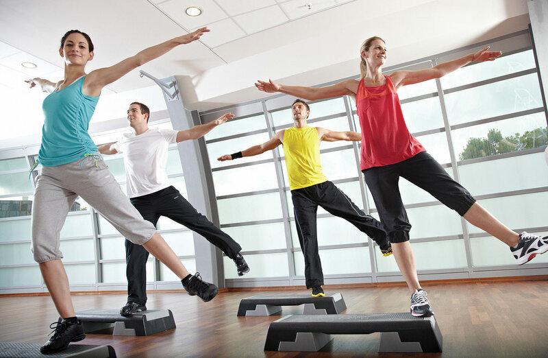 Мой опыт фитнеса в Германии: от премиум-клубов до дискаунтеров. McFit, Kieser Training... также моя любимая фитнес-программа для дома BBG. О договорах с фитнес-клубами в Германии.