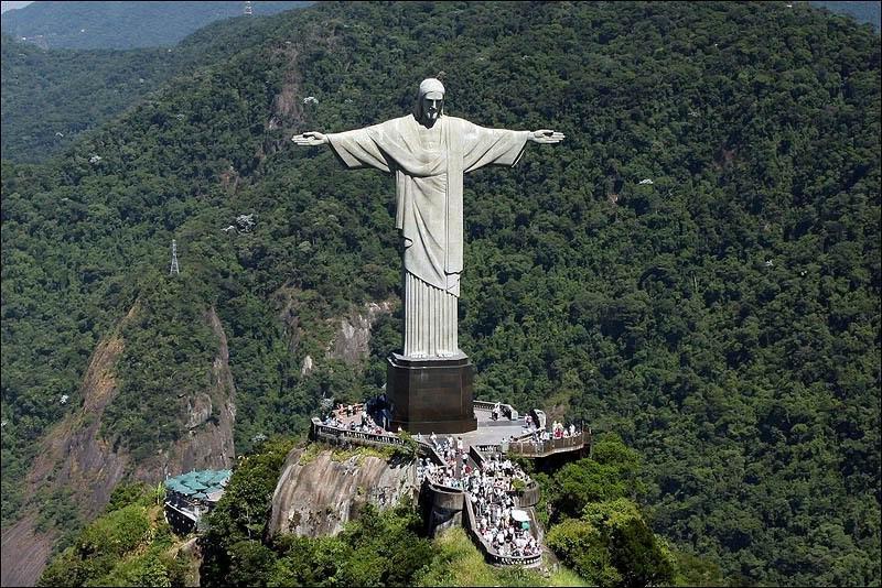 Новый год 2015! / Бразилия - Аргентина (Сан-Пауло - Рио-де-Жанейро -  водопады Игуасу - Буэнос-Айрес) / заезд 30.12 / Гарантированный  авиаперелет/ Русс статуя иисуса христа в бразилии