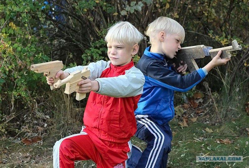 Картинки играют мальчики в войну