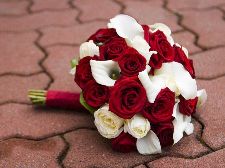 Свадебный красный букет самый красивый, цветы