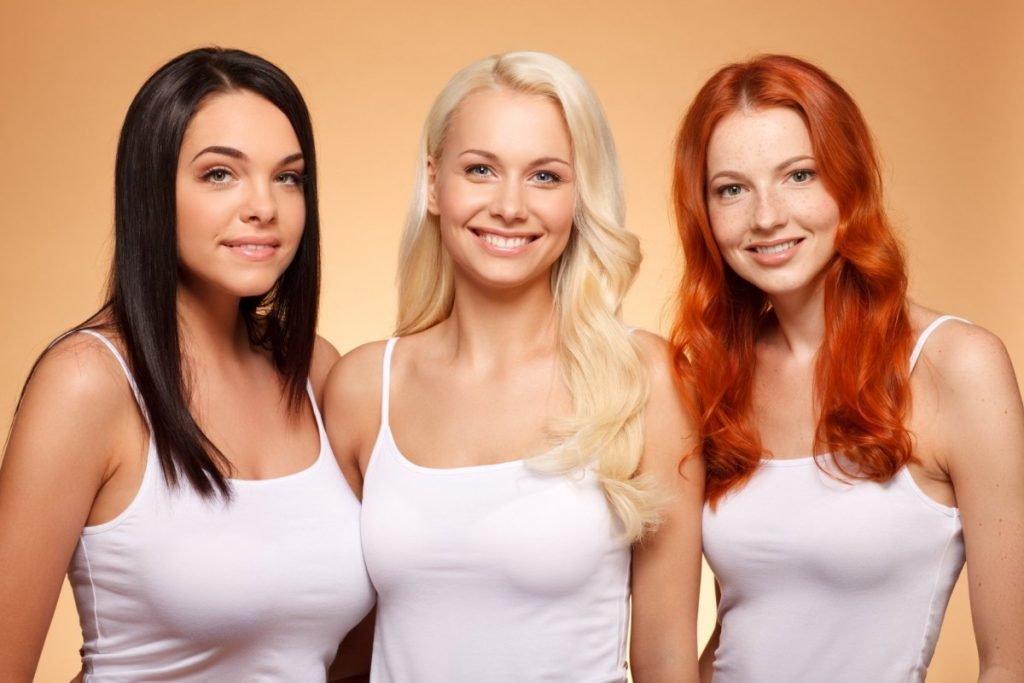 blondinka-bryunetka-shatenka-rizhaya-i-paren