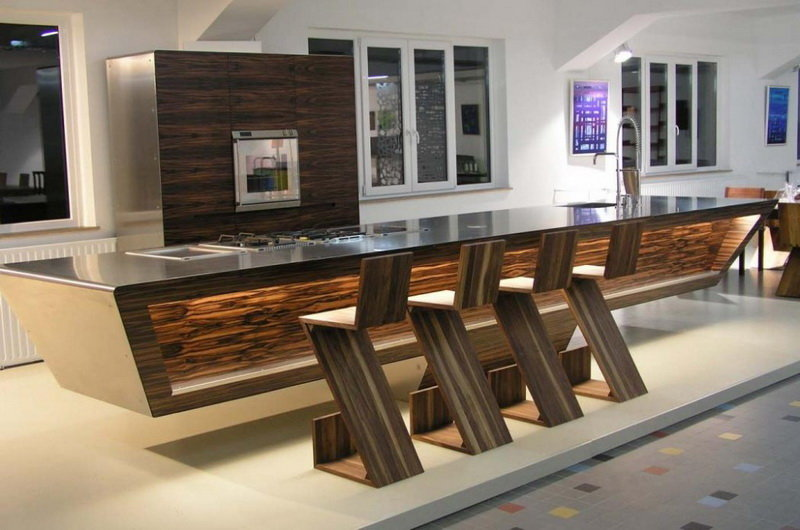 Барные стулья для кухни с каждым не набирают все большую популярность