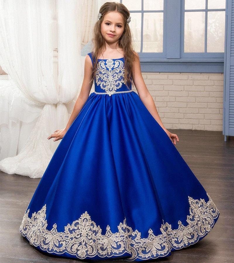 Атласное платье для выпускного в детском садике