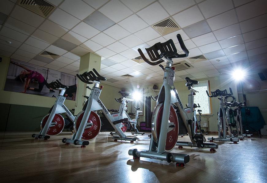 Фитнес-клуб Les Trois SANTES – тренажерный зал, бассейн, йога-клуб ... 803c0bad551