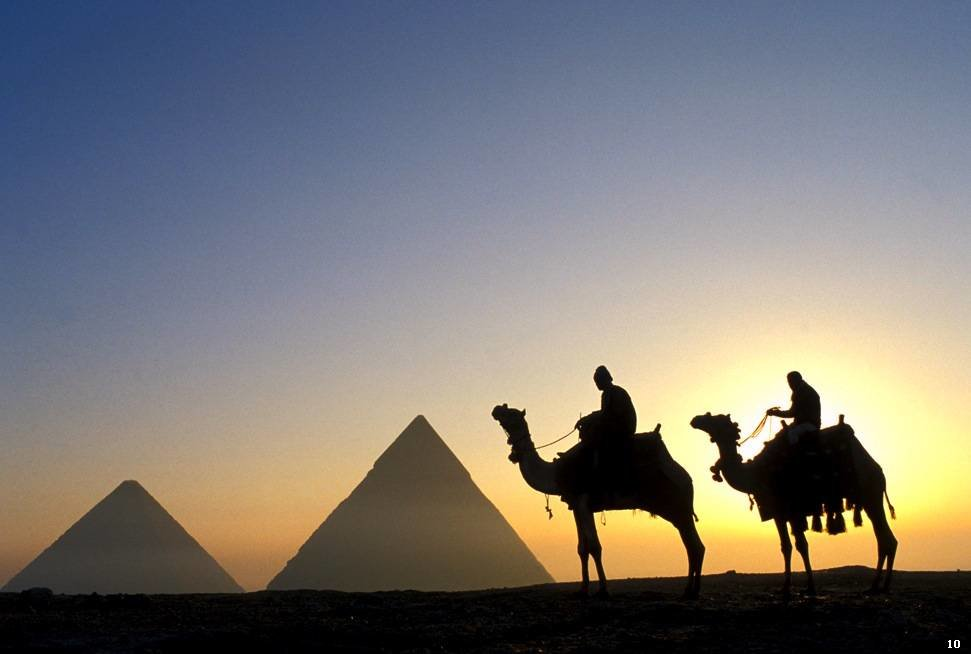 Картинки с пустыней и верблюдами и пирамидами, привет картинках веселые