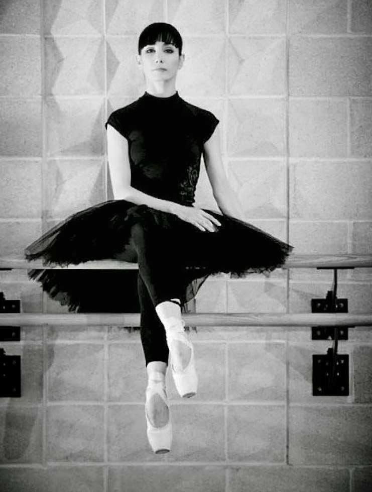 Красивая испанская балерина Тамара Рохо