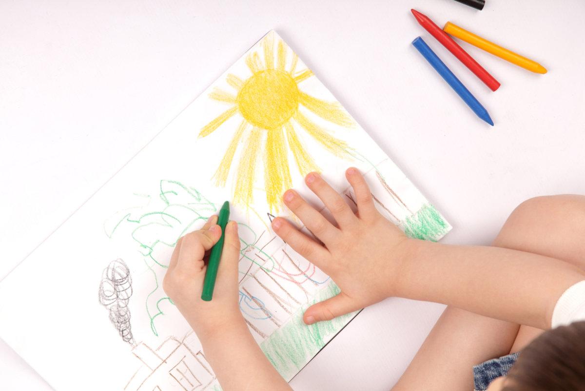 Как дети рисуют картинку, днем рождения братишка