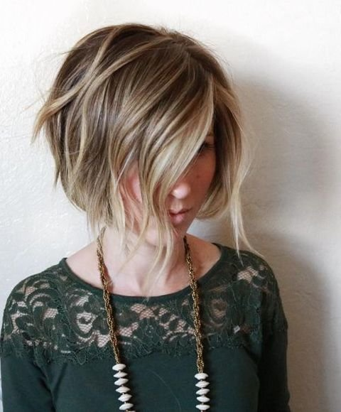 Треугольная окантовка волос