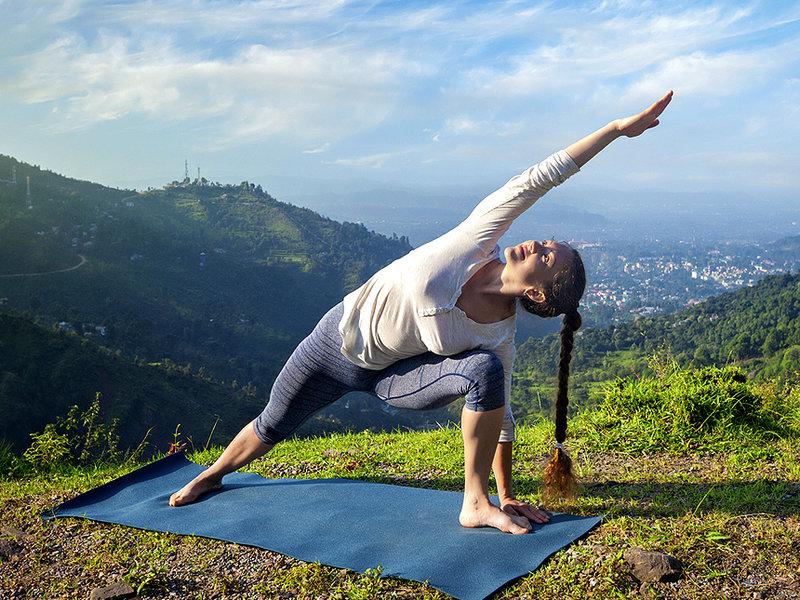 Йога против варикозного расширения вен.