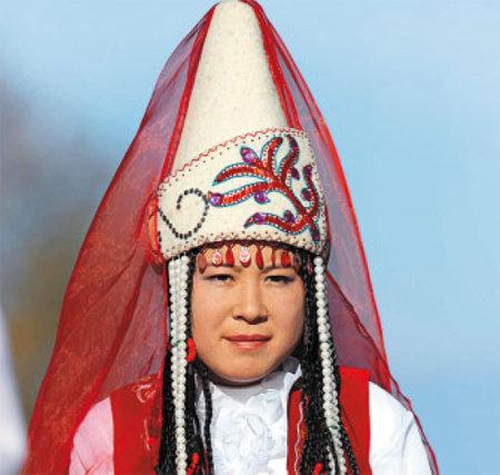 национальные головные уборы кыргызстана гладит