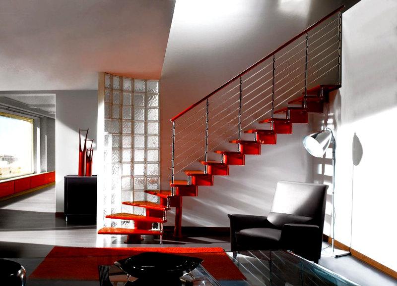 Лестницы на второй этаж в частном доме: фото, особенности конструкций с учетом стиля и целевого назначения. Как правильно осветить прямые и винтовые лестницы, идеи и рекомендации специалистов.