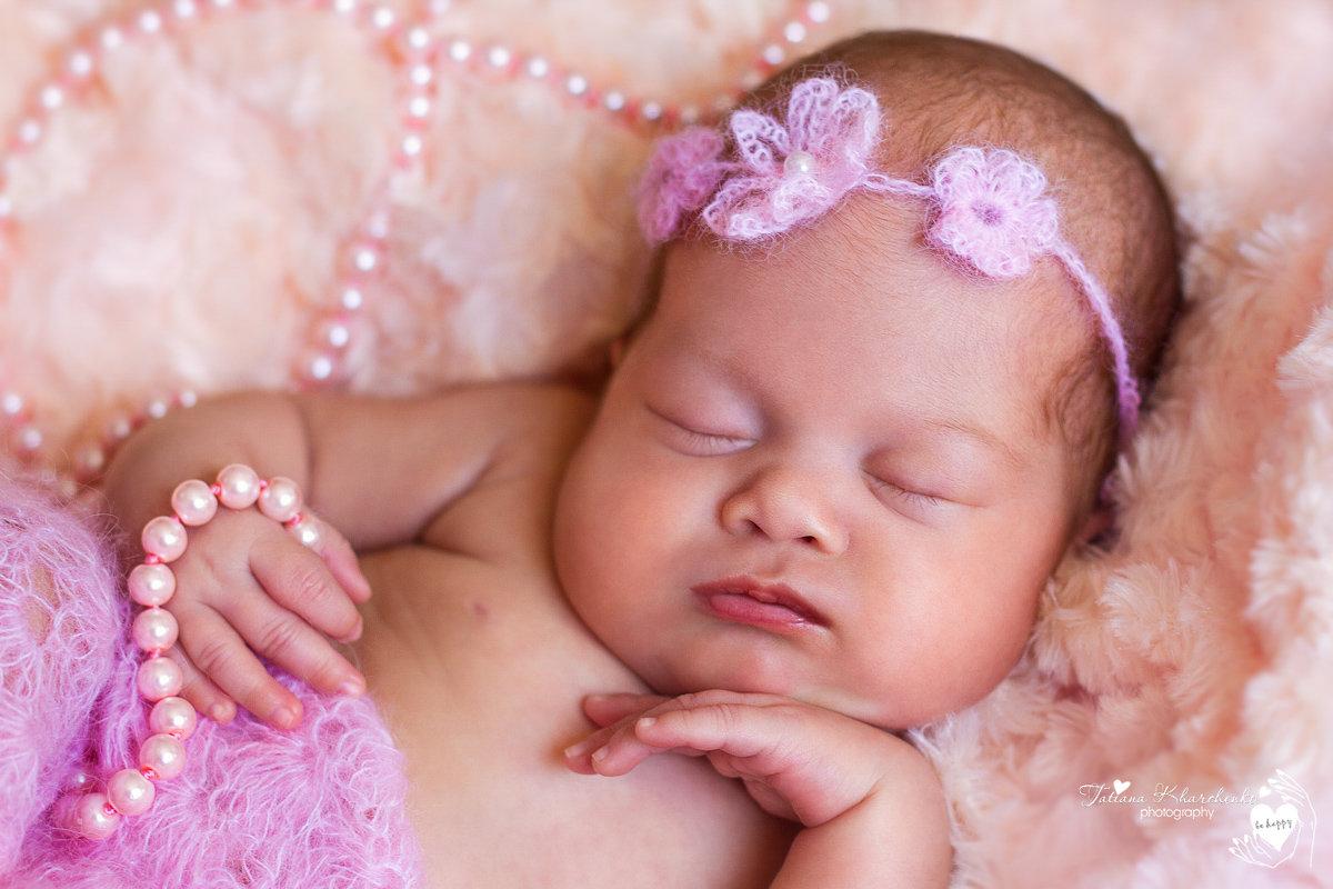 Картинки новорожденных девочек красивые
