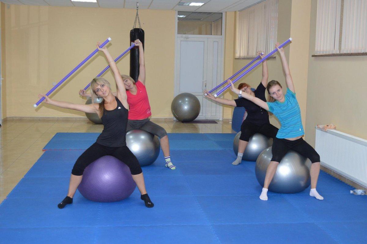 существует упражнения для проф гимнастики (тильду), чтобы вызвать