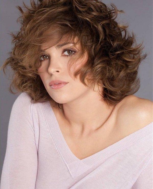 стрижки для вьющихся волос средней длины фото вашему вниманию