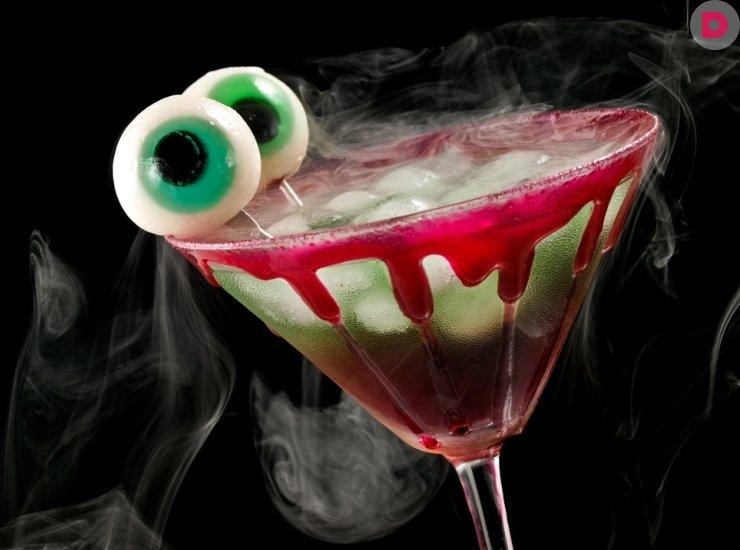 Коктейль «Эликсир вампира»