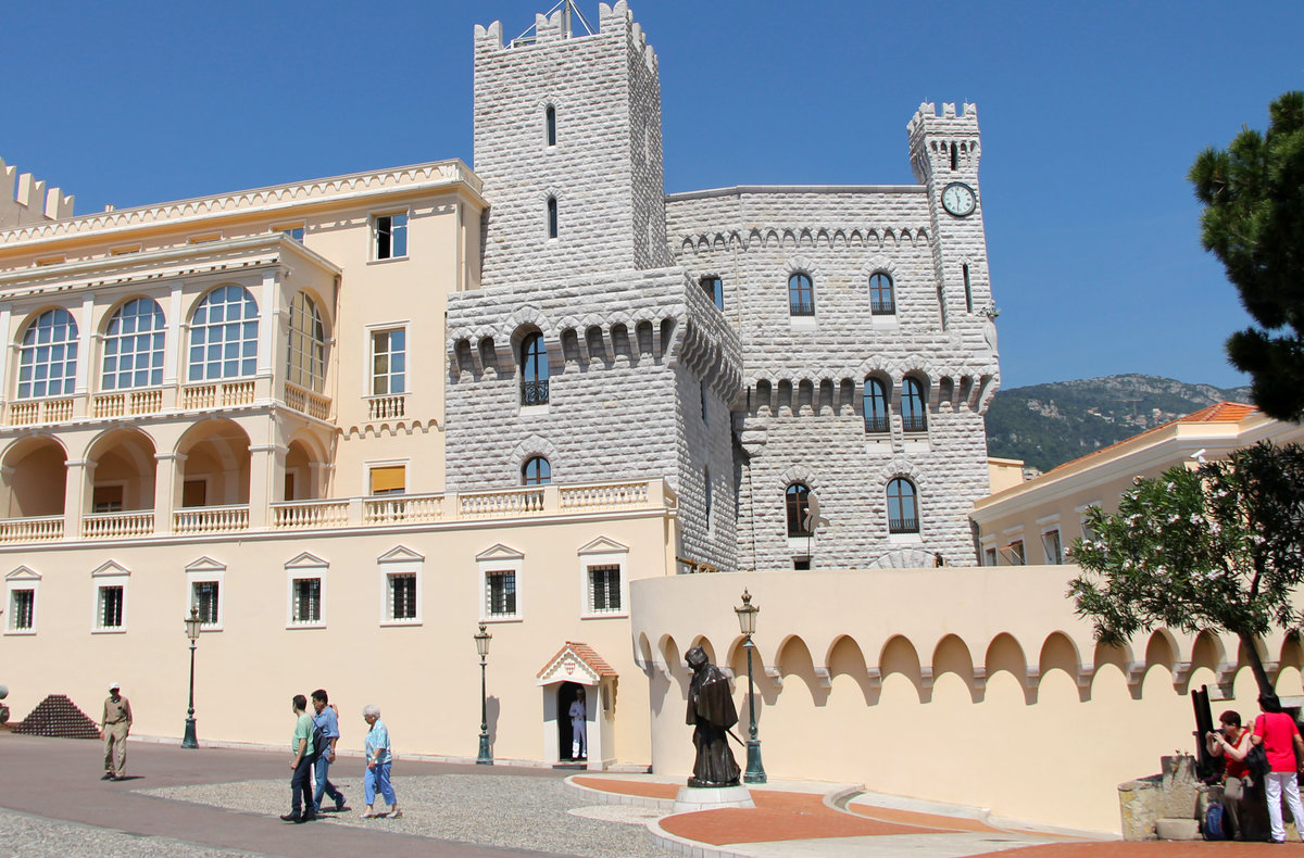 фото дворца в монако рассказа передать
