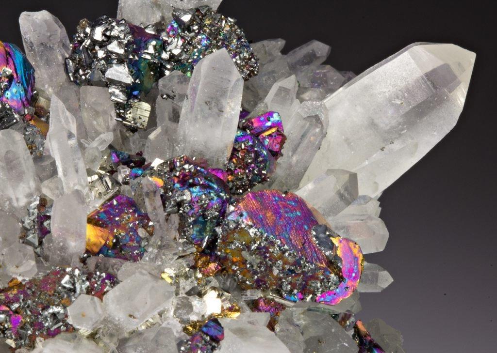 Картинка с минералами