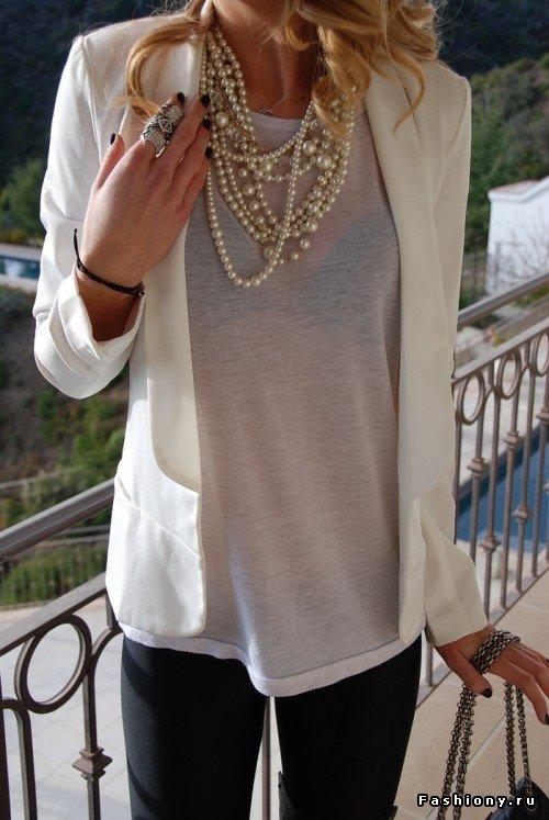 Свитер рубашка и ожерелье фото
