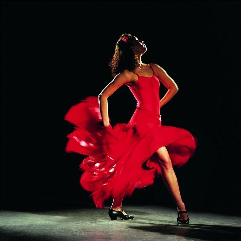 фото танцующих в юбке девушек - 8