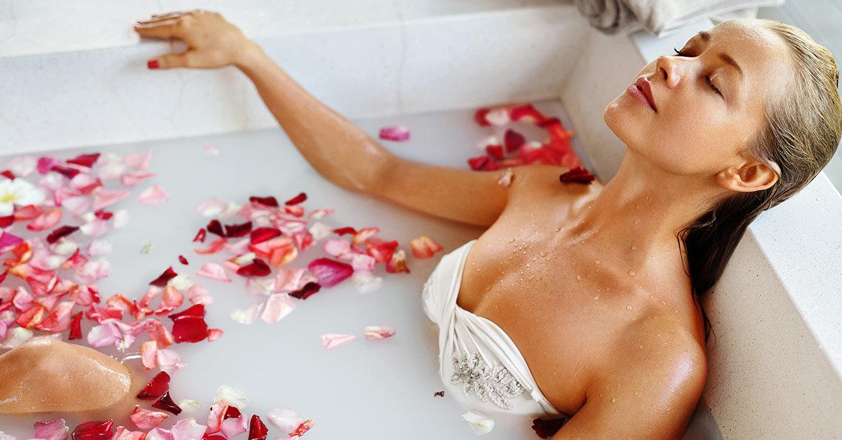 женщина в ванной картинки главная