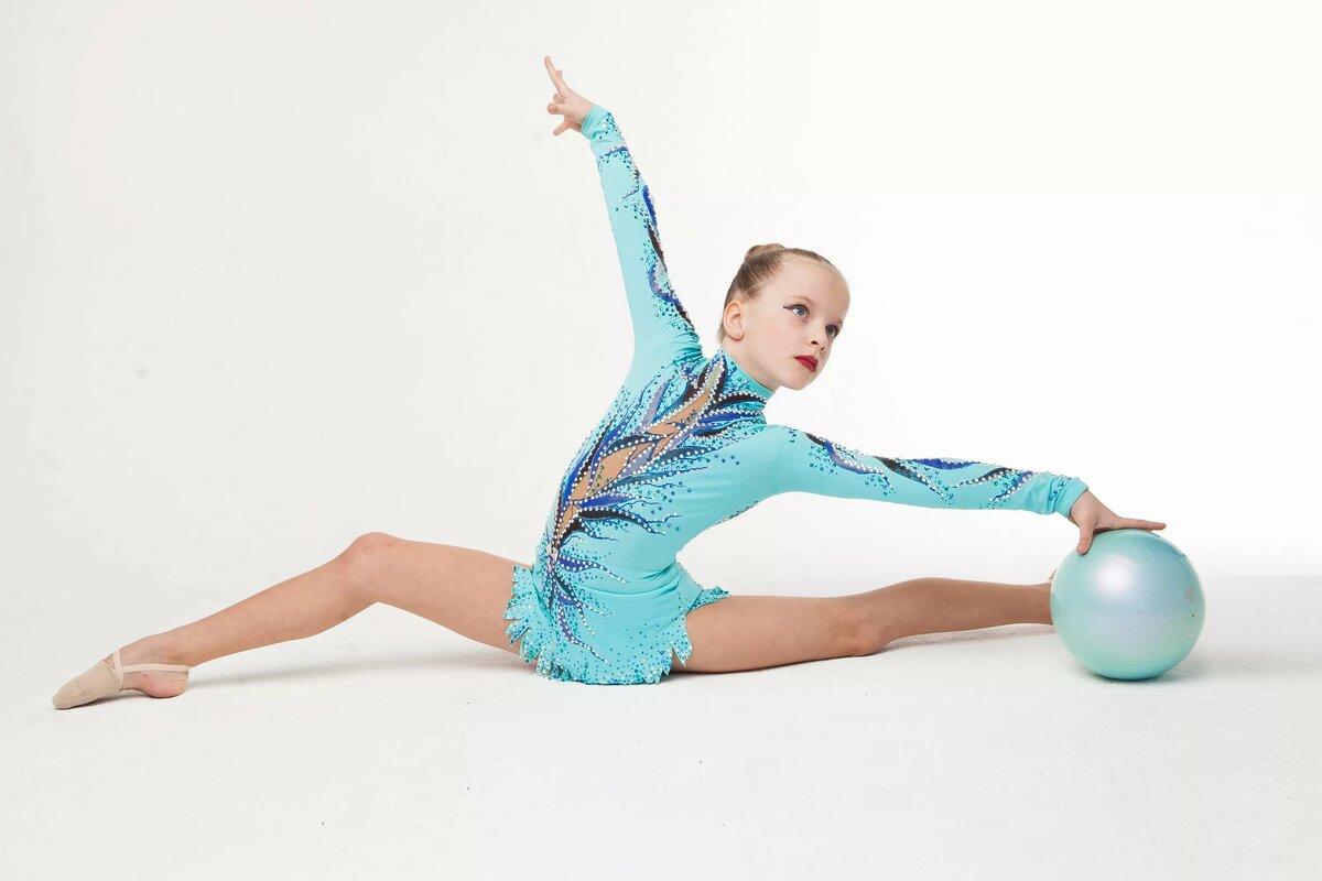 гимнастки в красивых костюмах картинки теперь знаю