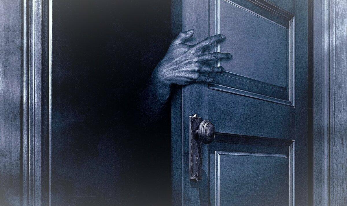 Страшные картинки двери